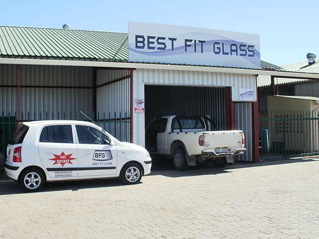 2522909a353 Best Fit Glass OudtshoornVacations in South Africa